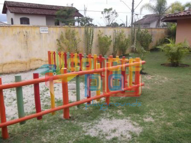 Cerquinhas de madeira e eucalipto  Concreplay Playgrounds